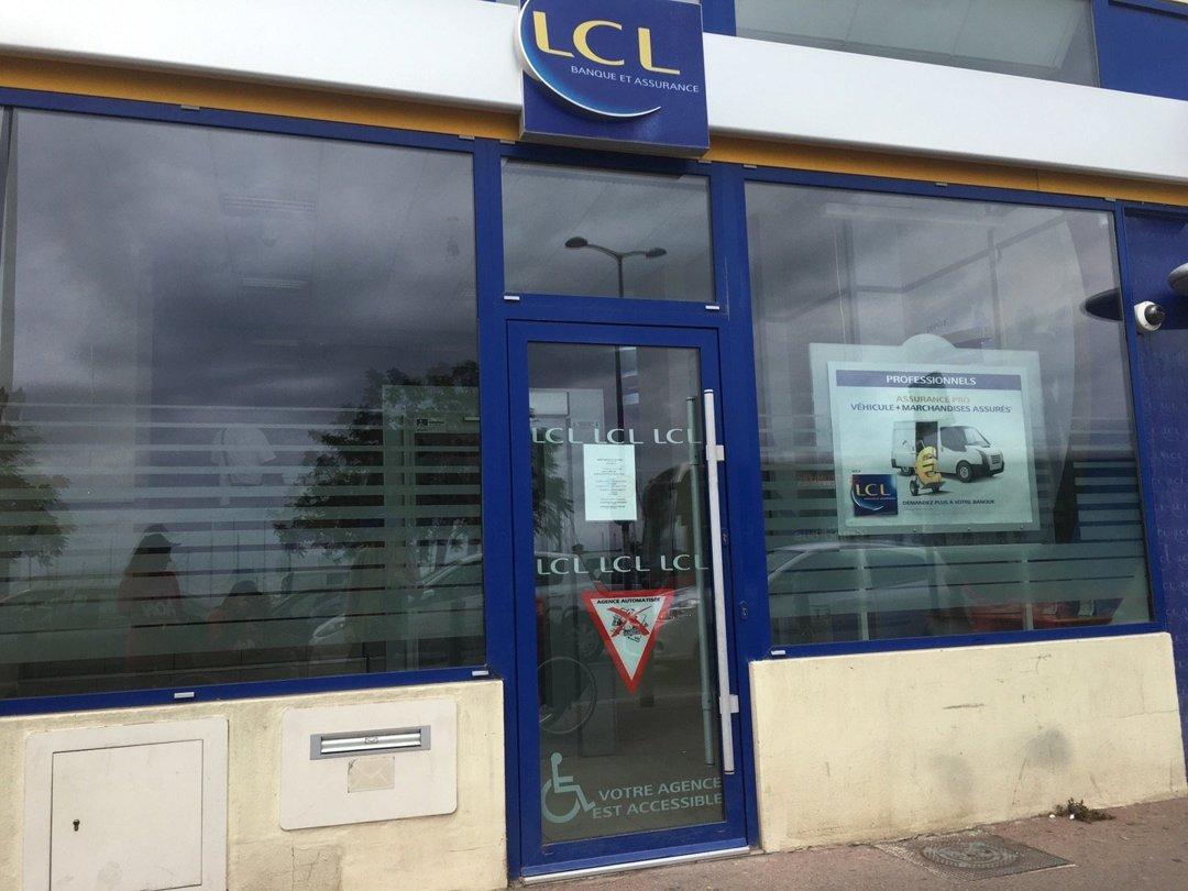 Photo du 15 juin 2016 13:37, LCL Banque et Assurance, 20 Plage de l'Estaque, 13016 Marseille, France