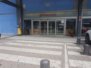 Foto vom 18. September 2017 12:22, CENTRE COMERCIAL TRAMUNTANA, Polígon Industrial Mas del Pla, Parc 6, 17700 La Jonquera, Girona, España