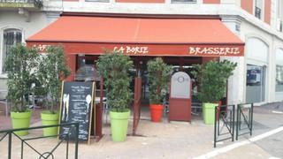 Photo du 20 septembre 2017 08:27, Café Brasserie La Borie, 15 Place de la Gare, 73000 Chambéry, France