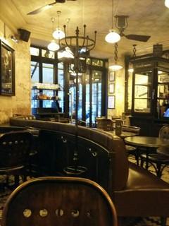 Foto del 22 de noviembre de 2017 7:15, Café JUSSIEU, 24 Rue Linné, 75005 Paris, France