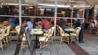 Photo of the October 22, 2017 2:41 PM, Café Le Foy, 8 Place Rihour, 59800 Lille, France