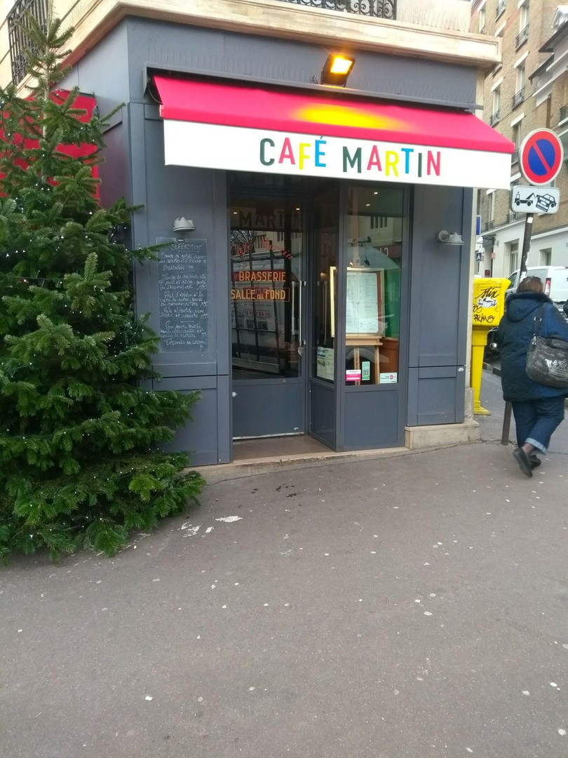 Foto del 19 de diciembre de 2017 12:59, Café Martin, 2 Place Martin Nadaud, 75020 Paris, Francia