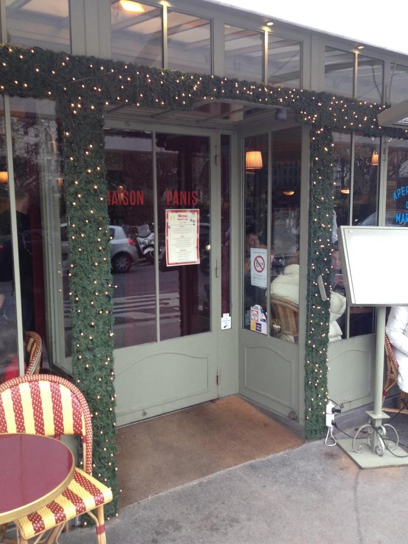 Foto vom 26. Dezember 2017 12:38, Café Panis, 21 Quai de Montebello, 75005 Paris, Frankreich
