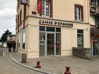 Photo of the October 11, 2017 8:15 AM, Caisse Epargne Normandie, 24 Rue de la Chapelle Sainte-Anne, 50380 Saint-Pair-sur-Mer, France