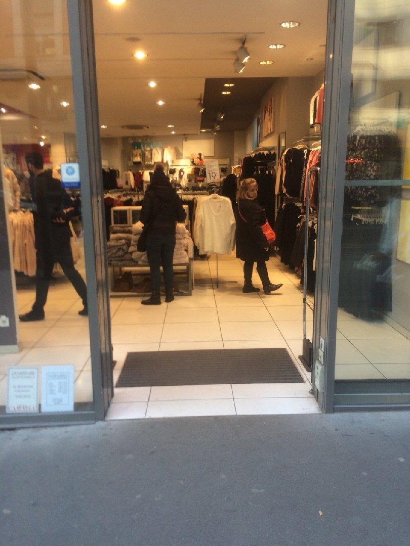 Foto vom 3. Dezember 2016 14:14, Camaieu, 97 Rue de Paris, 93260 Les Lilas, Frankreich