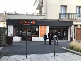 Foto del 4 de octubre de 2017 8:35, Carrefour Express Saint Lô, place Du Champ De Mars, 50000 Saint-Lô, France