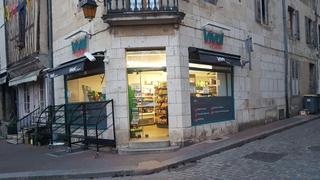 Photo of the June 17, 2017 7:49 PM, Casino Shop, 32 Place Notre Dame, 21140 Semur-en-Auxois, France