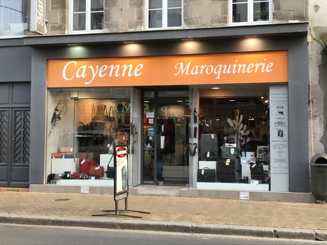 Foto vom 22. März 2017 14:40, Cayenne Maroquinerie, 34 Rue Lecampion, 50400 Granville, Frankreich