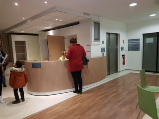 Foto del 14 de noviembre de 2017 16:37, Centre Ambulatoire, Rue Octave Crutel, 76100 Rouen, Francia