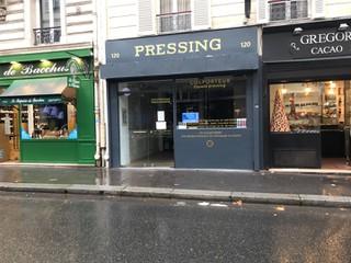 Photo of the September 13, 2017 12:34 PM, Colporteur Pressing, 120 Rue Saint-Dominique, 75007 Paris, France