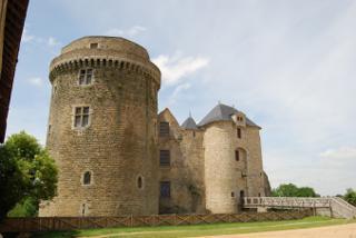 Photo of the February 5, 2016 6:55 PM, Castle of Saint Mesmin, 79380 Saint-André-sur-Sèvre, Frankreich