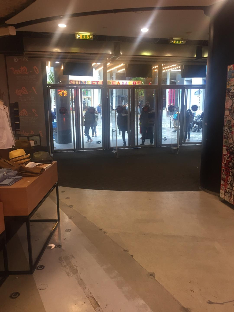 Photo du 6 juin 2017 13:57, Citadium, 104 Rue de Provence, 75009 Paris, France