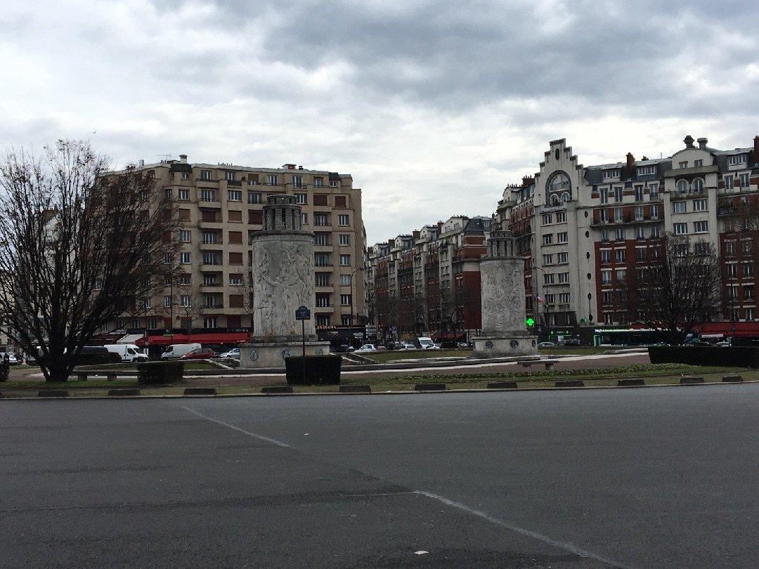 Foto del 2 de febrero de 2017 11:38, Colonnes Paul Landowski, 6 Place de la Porte de Saint-Cloud, 75016 Paris, Francia