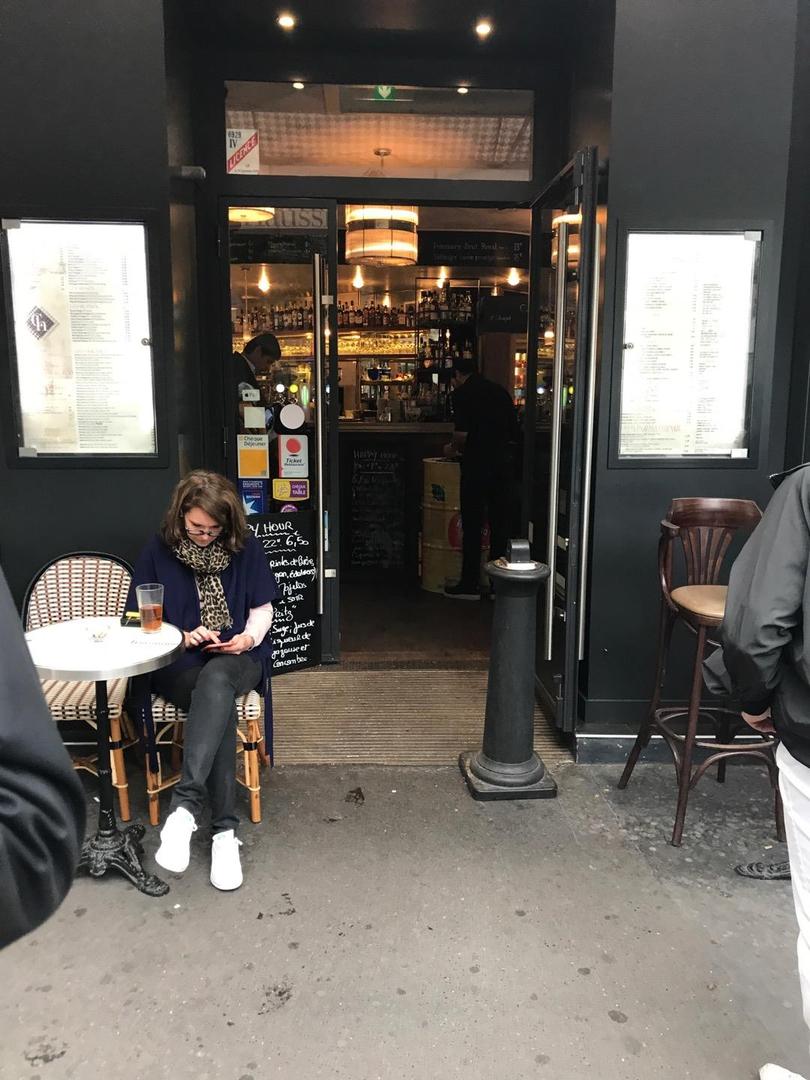 Foto del 6 de junio de 2017 13:33, Corner Haussmann, 28 Boulevard Haussmann, 75009 Paris, Frankreich