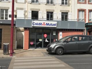 Foto del 7 de mayo de 2017 19:34, Crédit mutuel, 15 Place Charles de Gaulle, Saint-Pair-sur-Mer, France