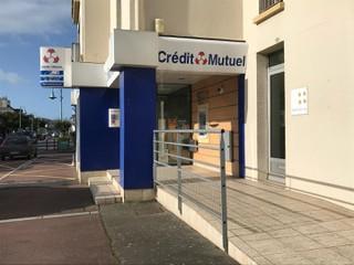 Photo of the October 21, 2017 9:12 AM, Crédit mutuel, 107 Route de Coutances, Donville-les-Bains, France