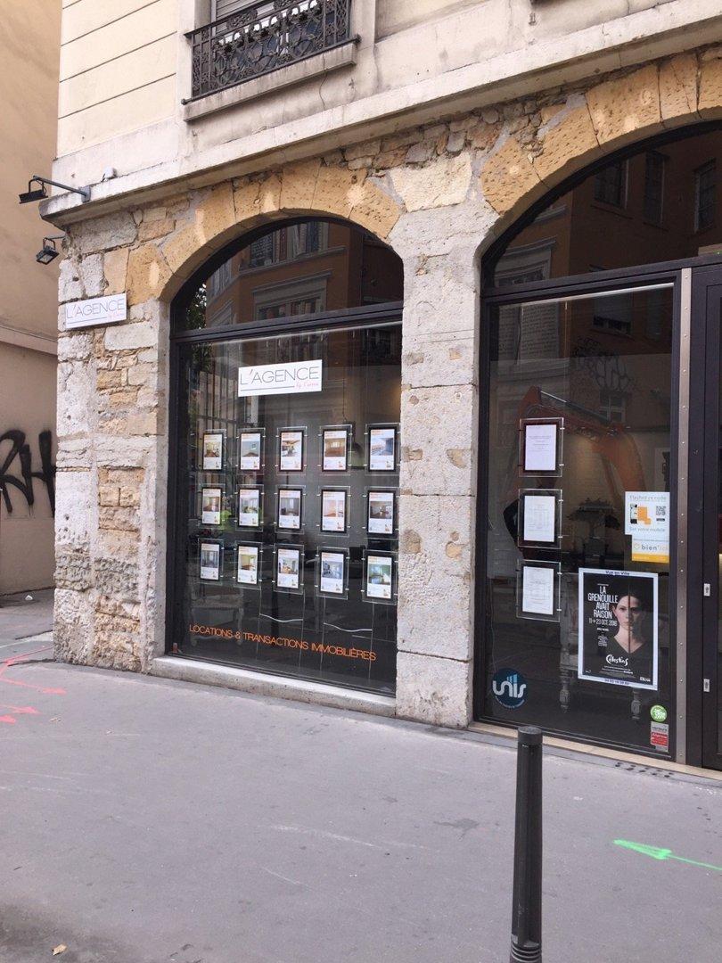 Photo of the October 6, 2016 1:16 PM, L'AGENCE BY CARRON, 7 Rue de la Platière, 69001 Lyon, France
