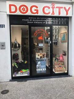 Photo du 12 septembre 2017 13:30, DOG CITY, 28 Rue Palais Grillet, 69002 Lyon, Francia