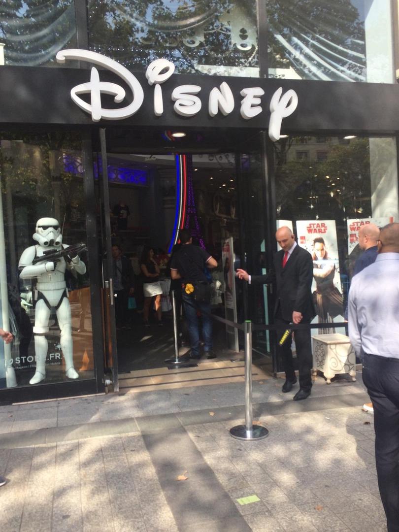 Photo of the September 2, 2017 2:37 PM, Disney Store, 44 Av. des Champs-Élysées, 75008 Paris, France