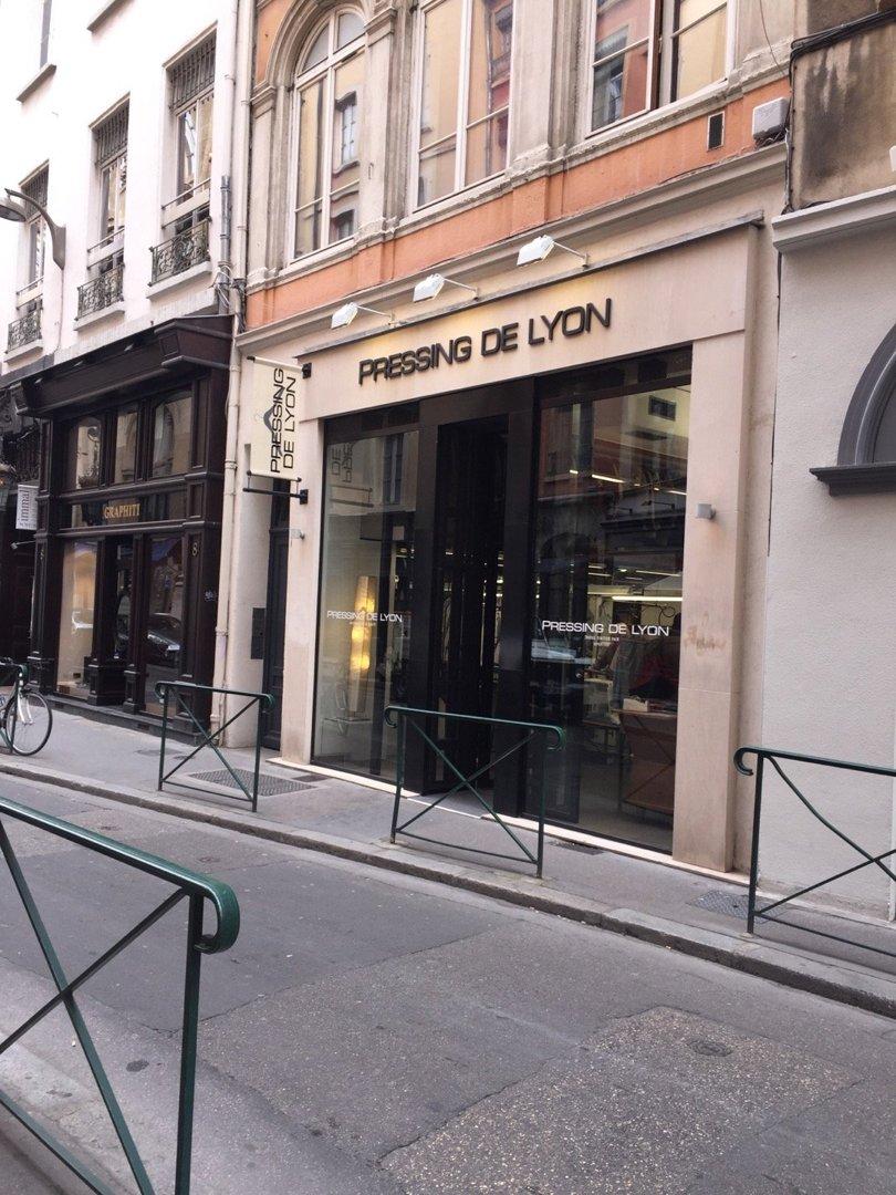 Foto vom 6. Oktober 2016 14:34, Le Pressing de Lyon, 6 Rue du Plâtre, 69001 Lyon, Frankreich