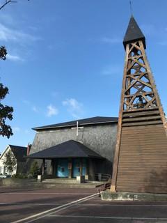 Foto del 21 de octubre de 2017 9:23, Église Notre-Dame-de-Lourdes, Rue Jacques Prévert, 50350 Donville-les-Bains, France