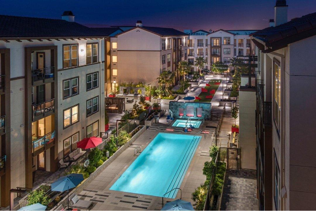 Foto del 10 de febrero de 2017 19:52, Epic Apartment Homes, 600 Epic Way, San Jose, CA 95134, EE. UU.