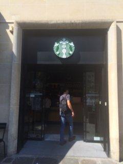 Foto vom 26. August 2016 13:04, Starbucks, 162 Rue du Faubourg Saint-Honoré, 75008 Paris, France