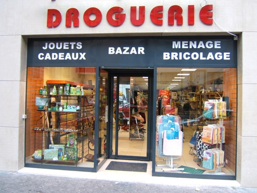 Foto vom 5. Februar 2016 18:49, Droguerie du Marché, 38 Cours Charlemagne, 69002 Lyon, Frankreich