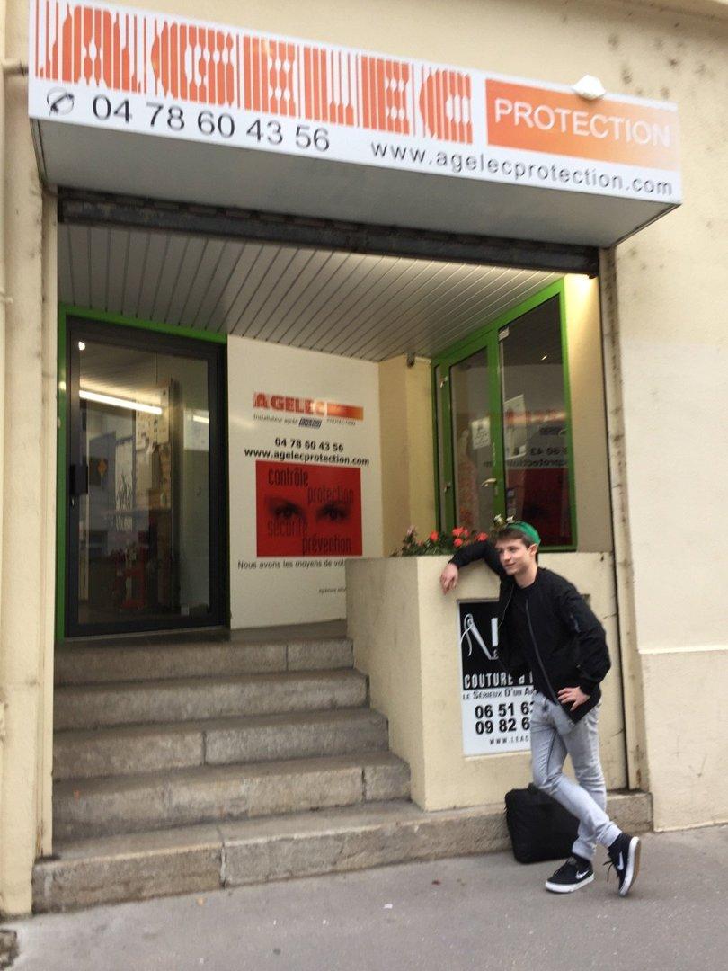 Foto del 18 de octubre de 2016 13:42, Agelec Protection, 279 Rue de Créqui, 69007 Lyon, Francia
