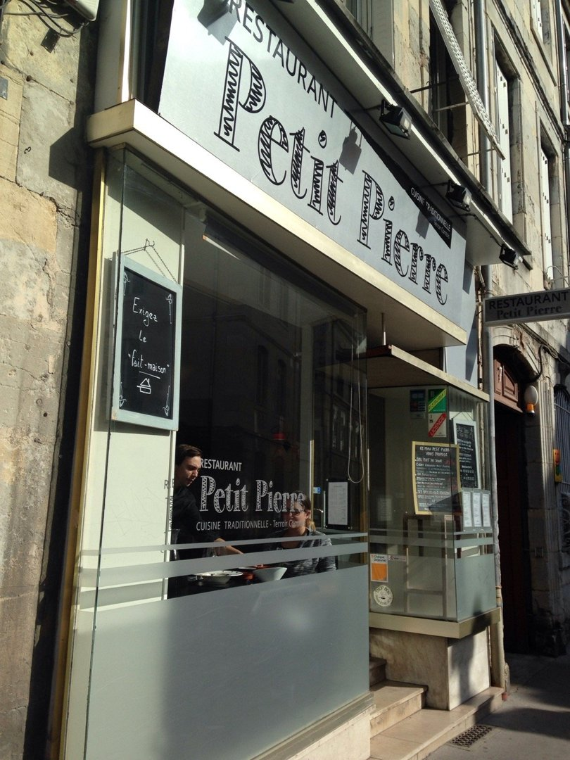 Foto del 18 de octubre de 2016 12:01, Petit Pierre, 5 Rue Megevand, 25000 Besançon, Francia