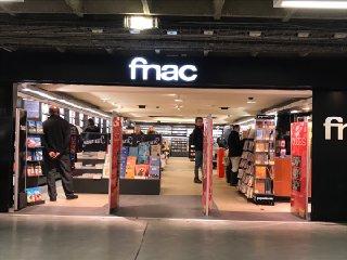 Photo of the February 20, 2017 2:49 PM, Fnac Paris - Gare Montparnasse, place Raoul Dautry, Gare Montparnasse - Niveau A Music Railway Snc, 75015 Paris, France