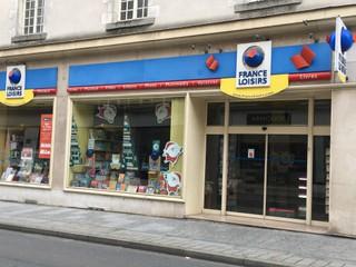 Foto vom 19. November 2017 18:05, France loisirs, 15 Rue du Général de Gaulle, 53000 Laval, France