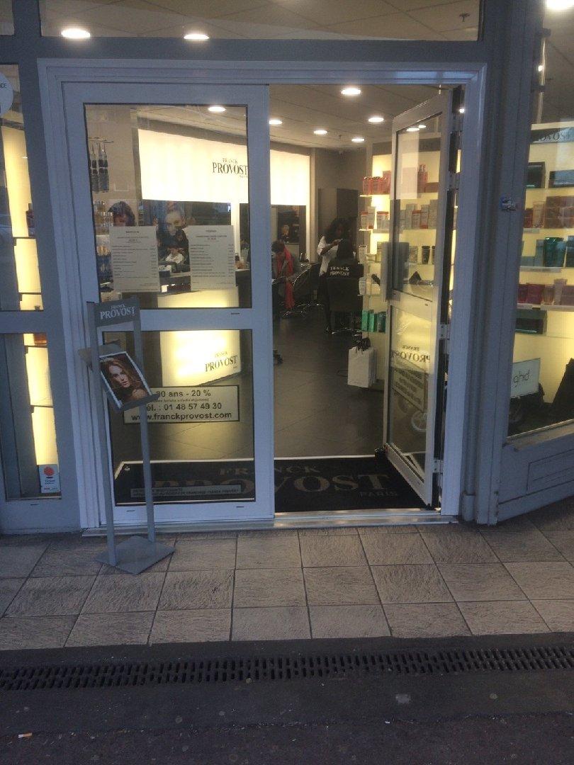 Photo du 3 décembre 2016 14:53, Franck Provost - Coiffeur Le Pré Saint Gervais, 5 Avenue Faidherbe, C. Cial Carrefour Market, 93310 Le Pré-Saint-Gervais, France