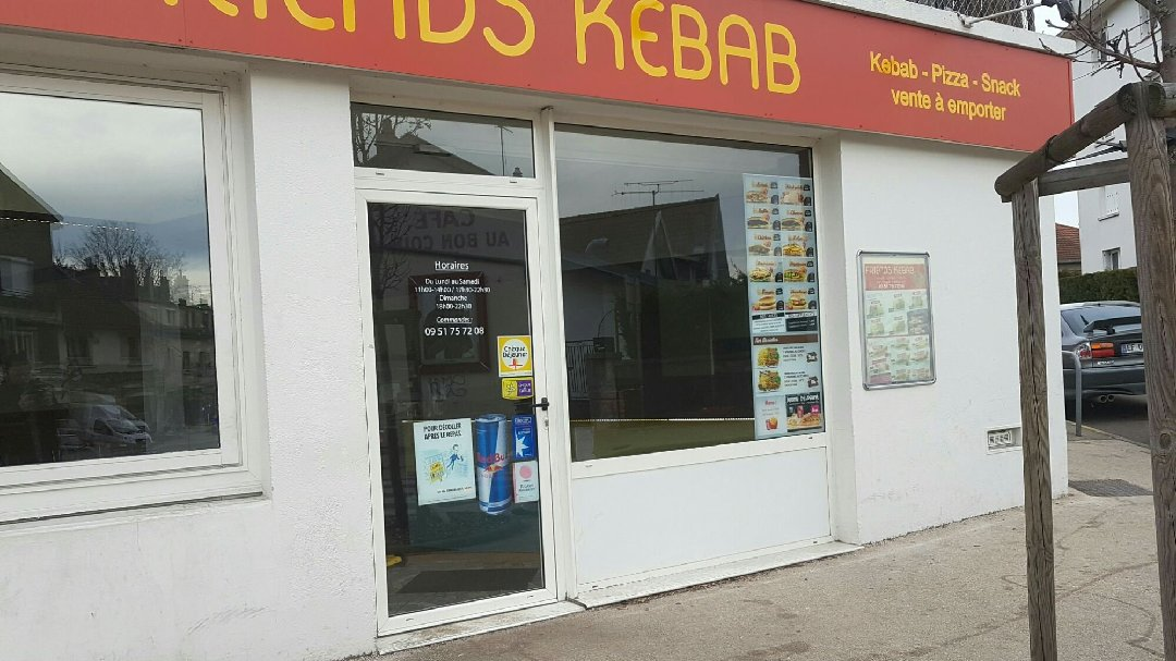 Photo of the February 26, 2017 11:30 AM, Friends Kebab, Rue des Arandes, 21240 Talant, France