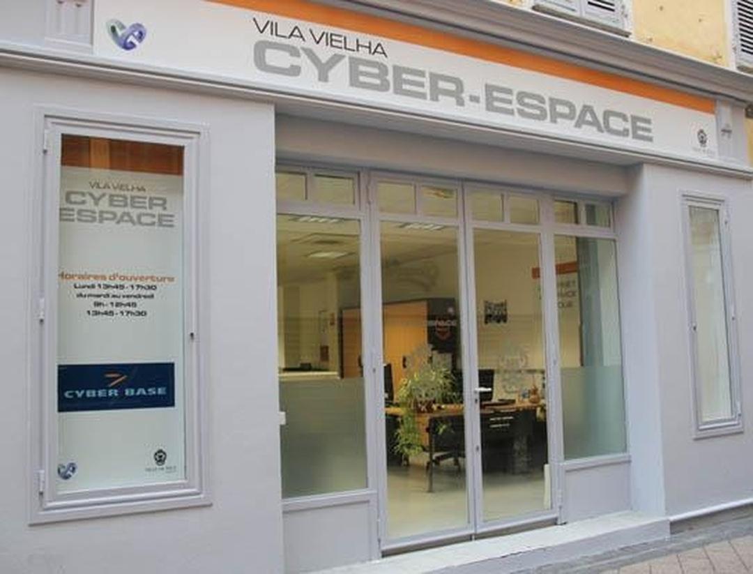 Foto vom 5. Februar 2016 18:54, Cyber-Espace Vila Vielha, 4 Rue Sainte-Reparate, 06300 Nice, France