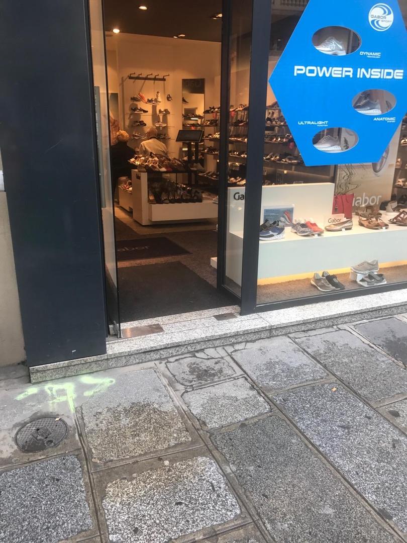 Foto del 6 de junio de 2017 14:15, Gabor, 81 Rue Saint-Lazare, 75009 Paris, Frankreich