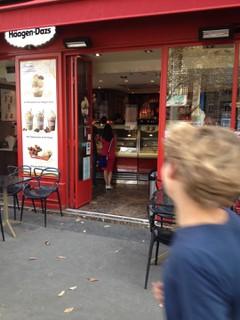 Photo du 17 octobre 2017 11:14, Häagen-Dazs, 1 Rue d'Arcole, 75004 Paris, France