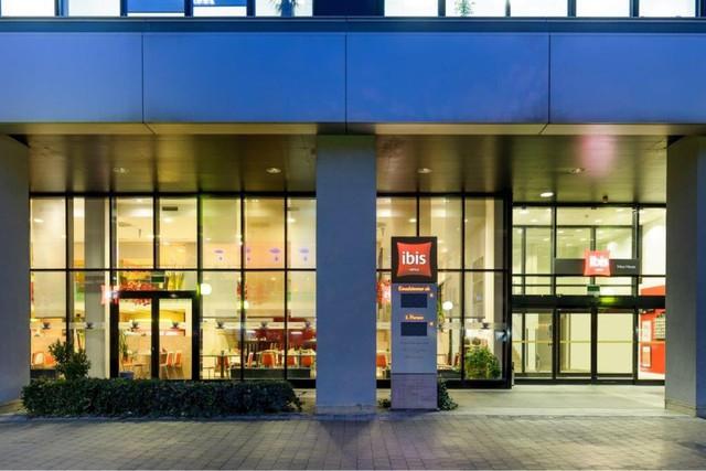 Hotel Ibis Wien Messe Wien Detailed Accessibility Jaccede