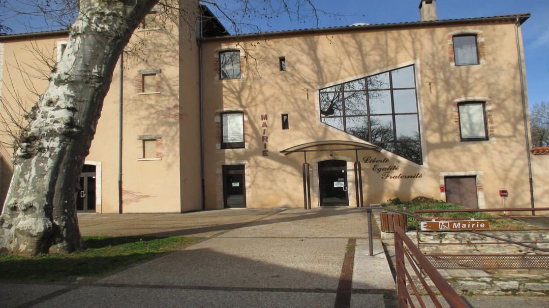 Oficina de la Administración - Mairie , Pradines