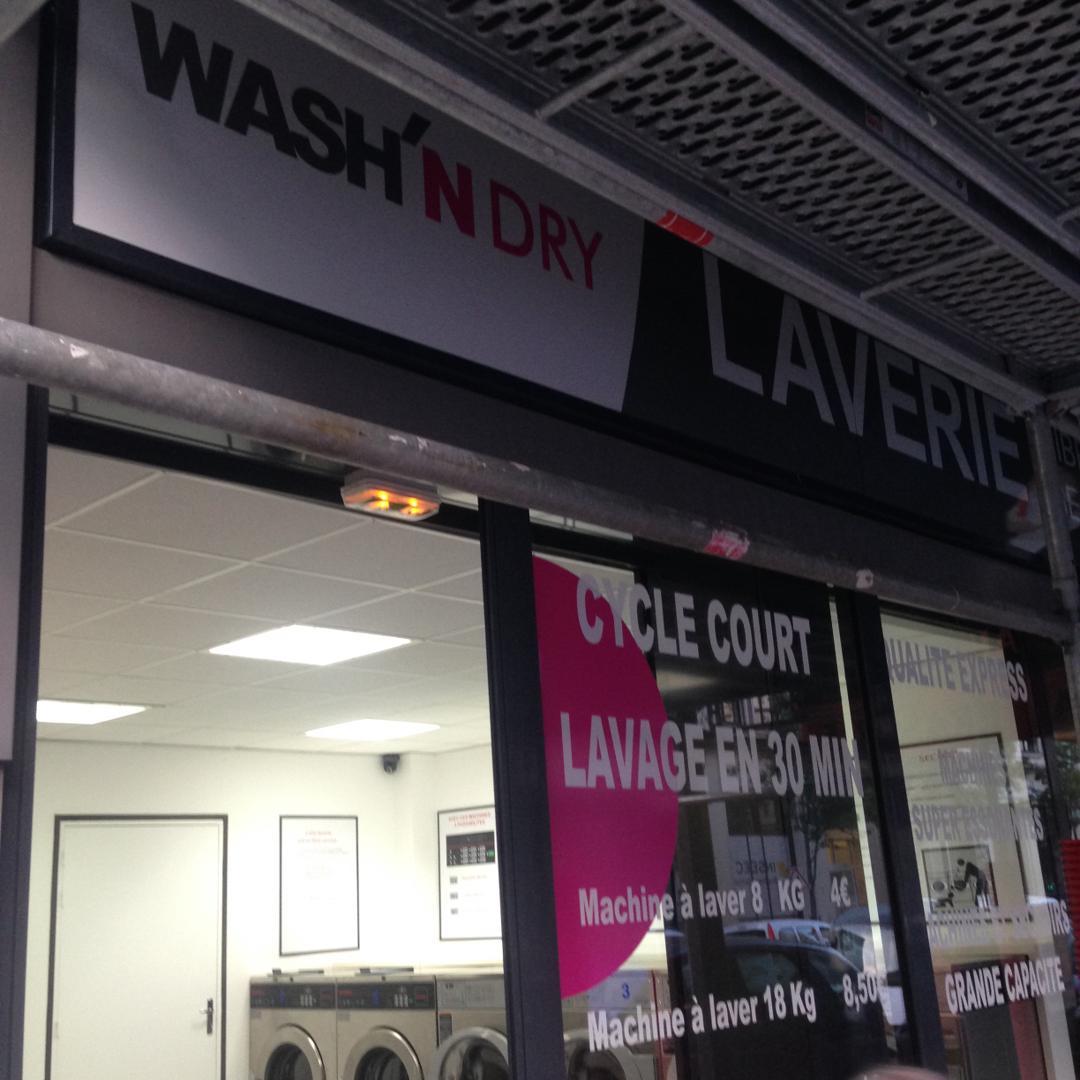 Photo of the February 5, 2016 6:57 PM, Wash'n Dry, 9 Rue Boinod, 75018 Paris, Frankreich