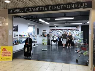 Foto del 27 de mayo de 2017 9:51, J WELL TALMONT CIGARETTE ELECTRONIQUE, 86 Avenue des Sables, 85440 Talmont-Saint-Hilaire, France