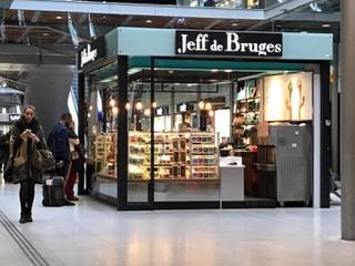 Photo du 27 octobre 2017 09:51, Jeff de Bruges, 1, Cour de Rome, Gare St Lazare - Centre Commercial Coeur Saint Lazare, 75008 Paris, France