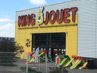 Foto vom 17. November 2017 02:14, KING JOUET, ZC Champ de la dispute, 58200 Cosne sur Loire, France
