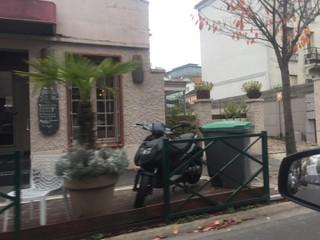 Photo of the November 15, 2017 11:21 AM, LA SALAMANDRE, 10 Boulevard de la Marne, 94130 Nogent-sur-Marne, France