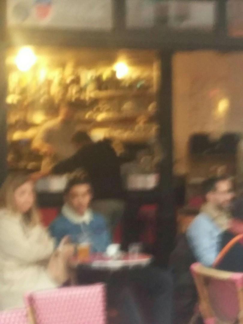 """Foto vom 28. Oktober 2017 16:10, LB Café Montorgueil / Tiquetonne, 48°51'53. 2°20'48.3""""E, 3 Quai Anatole France, 75007 Paris, Frankreich"""