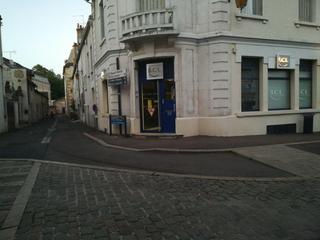 Photo du 17 juin 2017 19:56, LCL Banque et Assurance, 5 Place de l'Ancienne Comedie, 21140 Semur-en-Auxois, France
