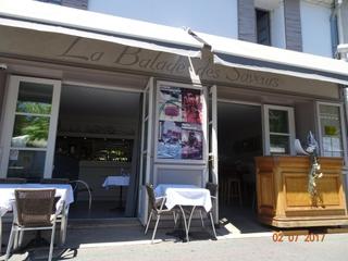 Photo du 4 juillet 2017 10:23, La Balade Des Saveurs, 3 Quai Jean Jaurès, 84800 L'Isle-sur-la-Sorgue, France