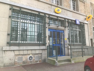 Photo of the March 17, 2017 3:12 PM, La Banque Postale, 10 Cours Jonville, 50400 Granville, Francia