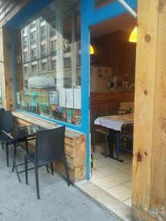 Photo du 13 juin 2018 18:20, La Cabane à Huîtres de Francis, 4 Rue Antoine Bourdelle, 75000 Paris, France