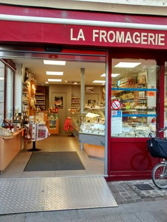 Foto del 20 de octubre de 2017 15:42, La Fromagerie, 9 Place du Général Leclerc, 92150 Suresnes, Francia